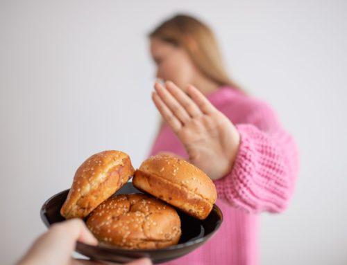 ¿El queso tiene gluten? Alimentos que pueden comer los celíacos